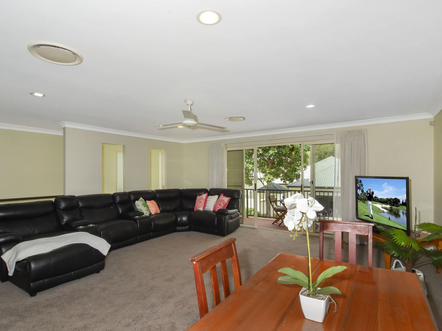 128 Easthill Drive, Robina QLD 4226, Image 2