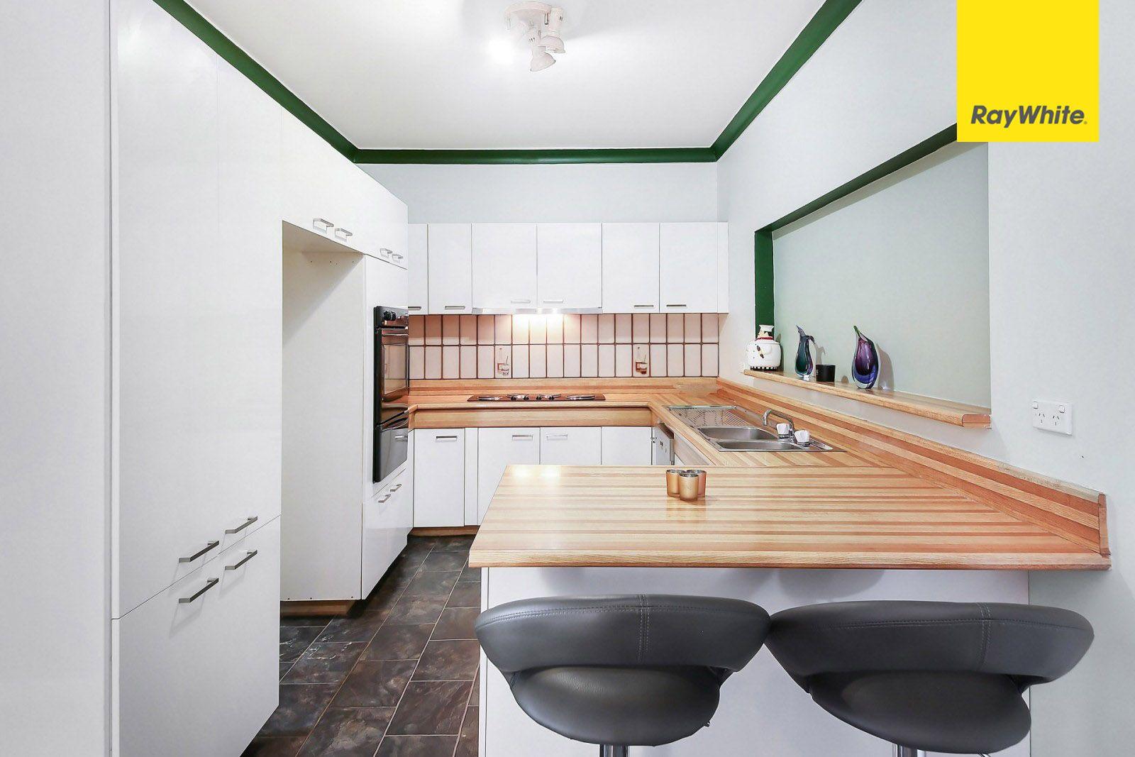 80 Caroline Crescent, Georges Hall NSW 2198, Image 1