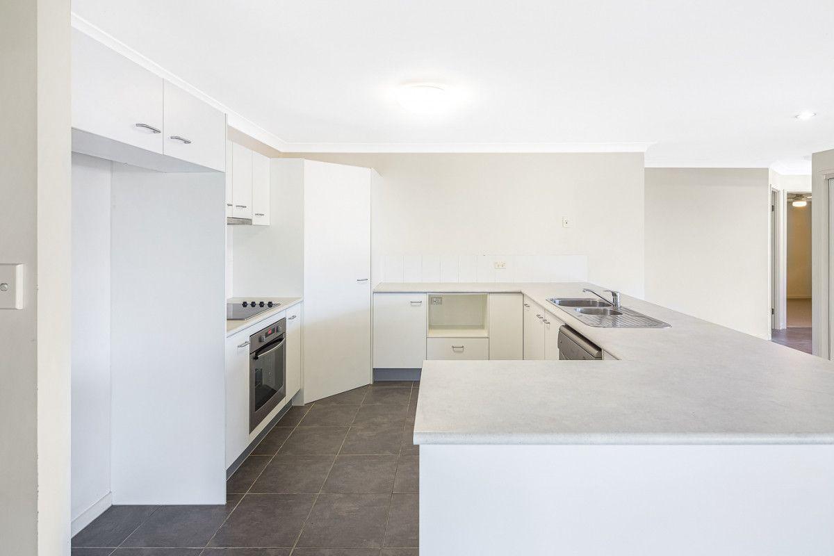 25 Paperbark Crescent, Heathwood QLD 4110, Image 2