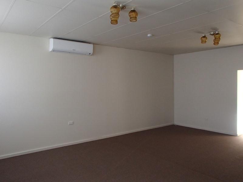 2/129 Bromide Street, Broken Hill NSW 2880, Image 1