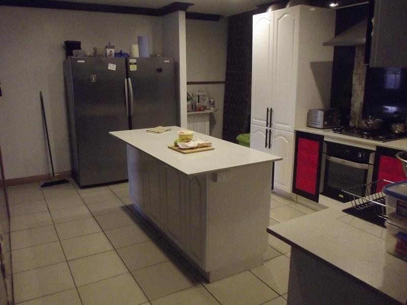 58 Tenterfield Street, Wallangarra QLD 4383, Image 2