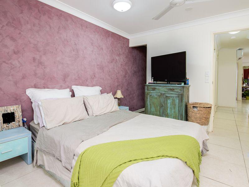 E02/1 Great Hall Drive, Miami, Miami QLD 4220, Image 1