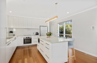 Picture of 8 Manly Avenue, Lindisfarne TAS 7015
