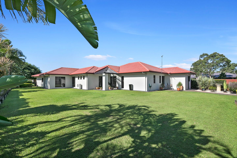 1 Norfolk Court, Kawungan QLD 4655, Image 1