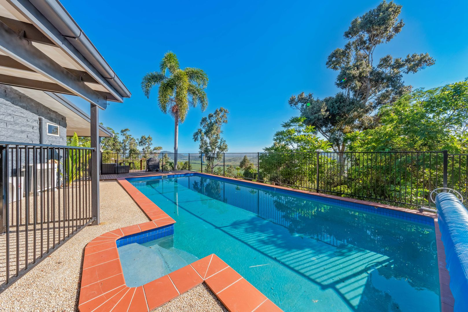 73 Staniland Drive, Strathdickie QLD 4800, Image 2