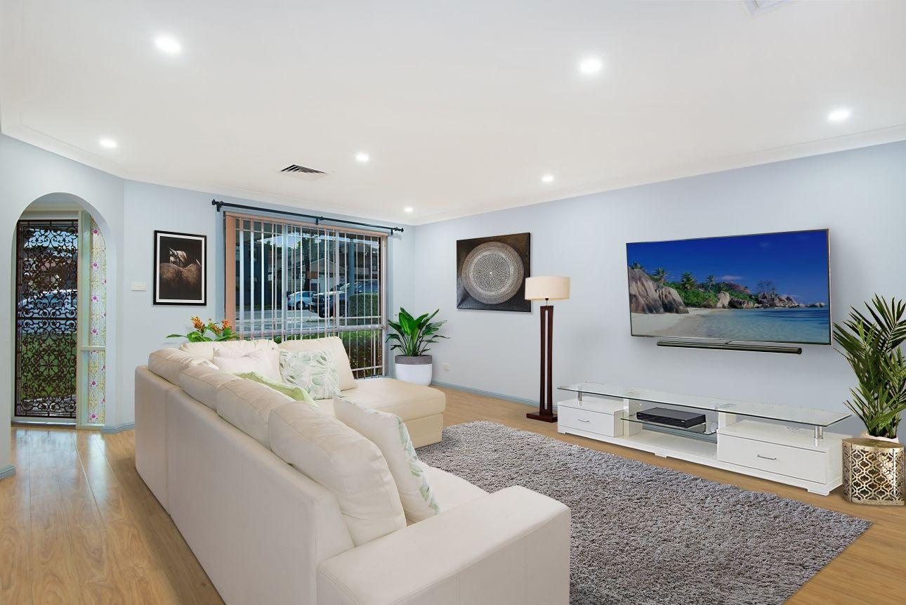 7 Sorrento Drive, Glenwood NSW 2768, Image 2