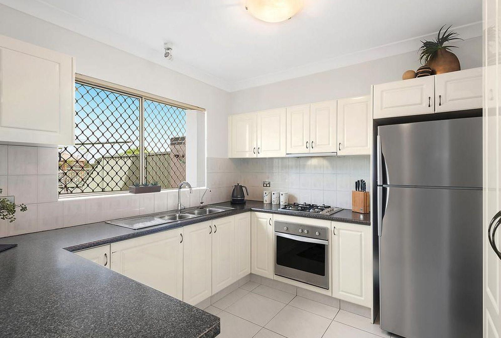 4/28 Cambridge Avenue, Bankstown NSW 2200, Image 1