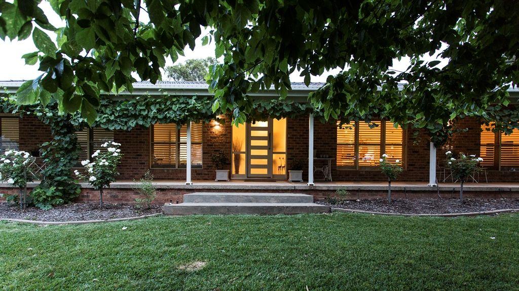 10 GOWER HARDY CIRCUIT, Cowra NSW 2794, Image 2