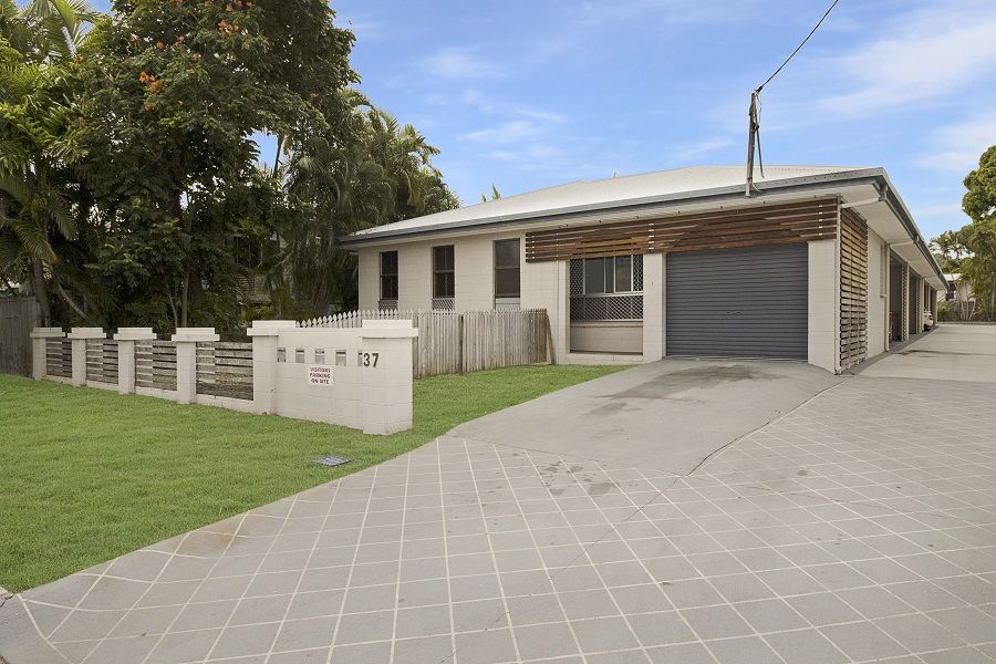 1/37 HUGH STREET, West End QLD 4810, Image 0