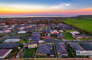 Picture of 9 Dalmont Bay Court, Inverloch VIC 3996