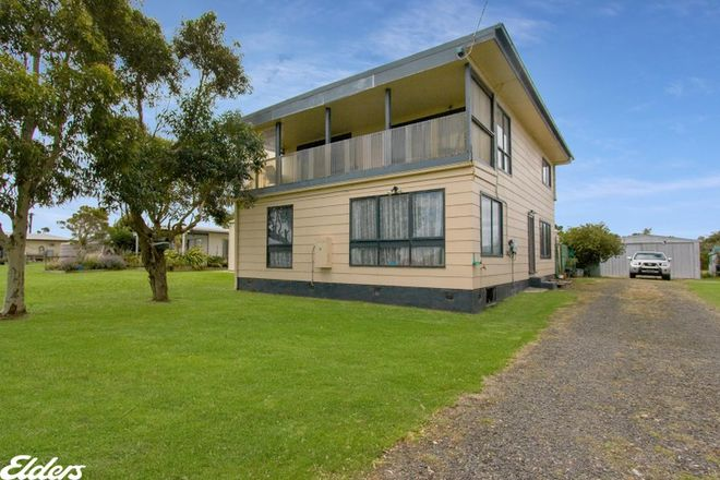 Picture of 62 MCLOUGHLINS ROAD, MCLOUGHLINS BEACH VIC 3874