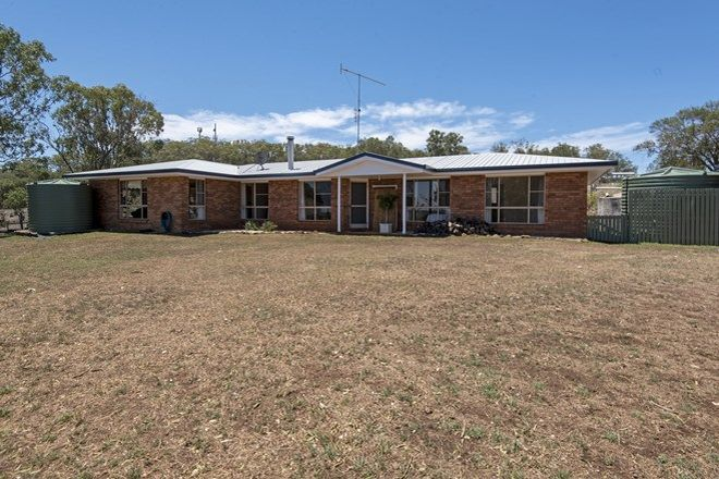 Picture of 2 King Street, KINGSTHORPE QLD 4400