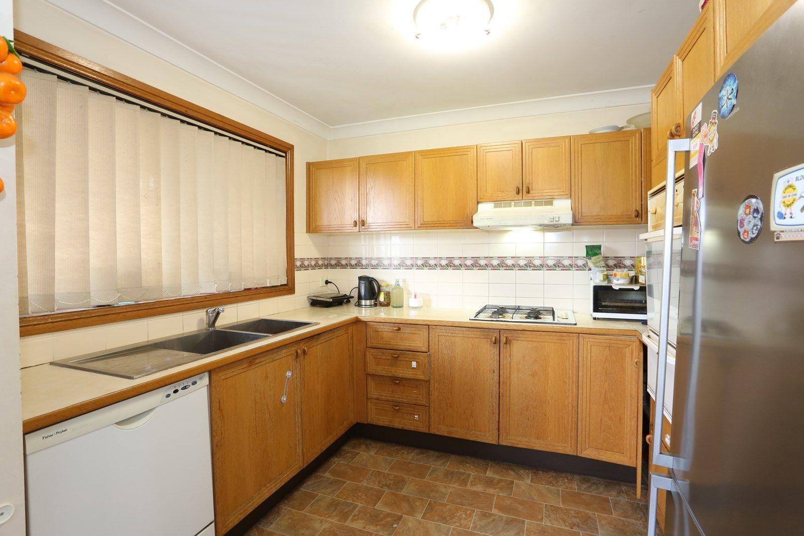 2/32 Otto Street, Merrylands NSW 2160, Image 2
