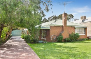 Picture of 34 Roslyn Avenue, Rye VIC 3941