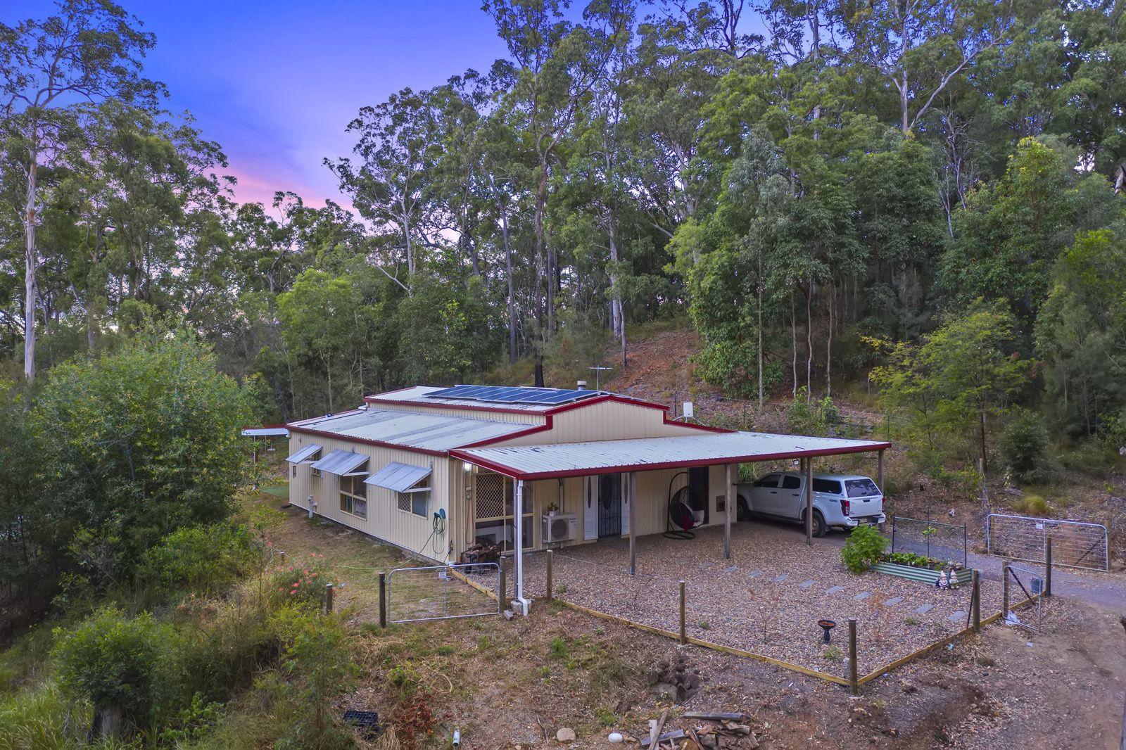 129 Ratcliffe Rd, Diamond Valley QLD 4553, Image 2