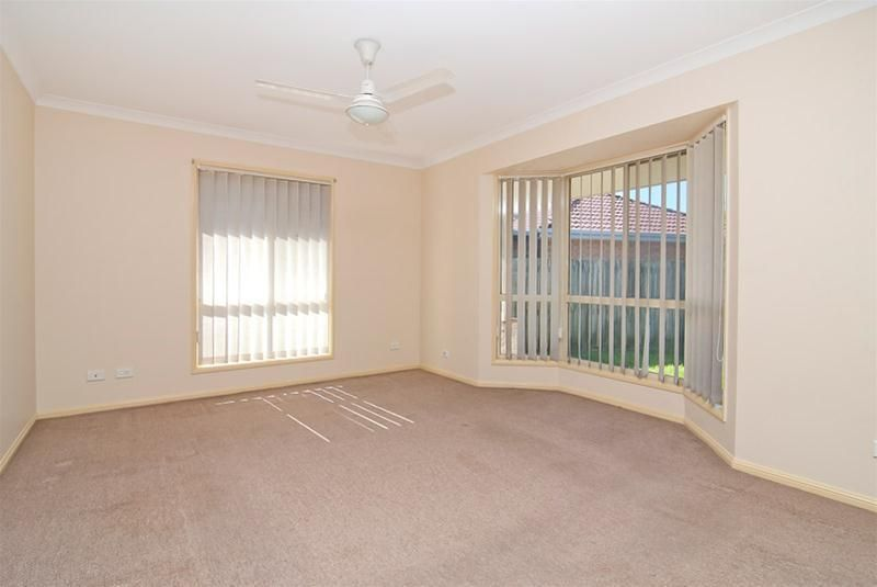 5 Ku Ring Gai Close, Loganholme QLD 4129, Image 1