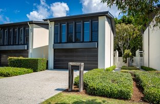 Picture of 912 Medinah Avenue, Robina QLD 4226