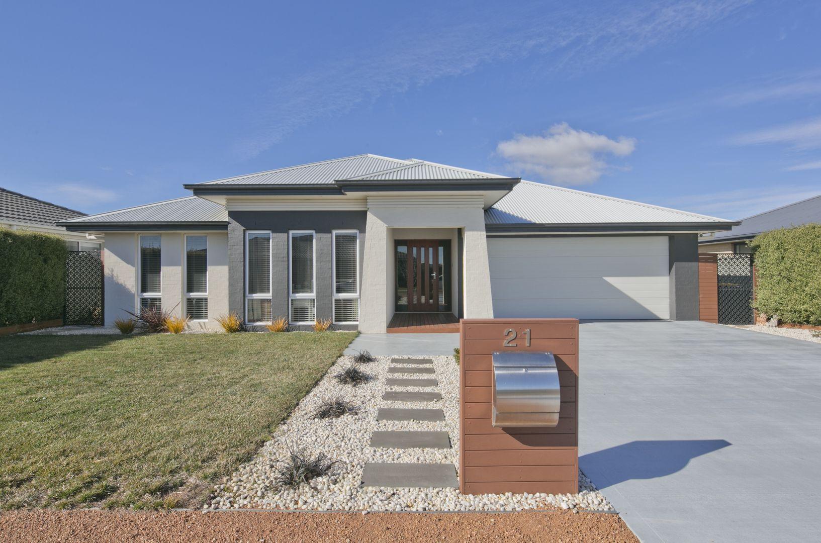 21 St Aubyn Road, Goulburn NSW 2580, Image 0