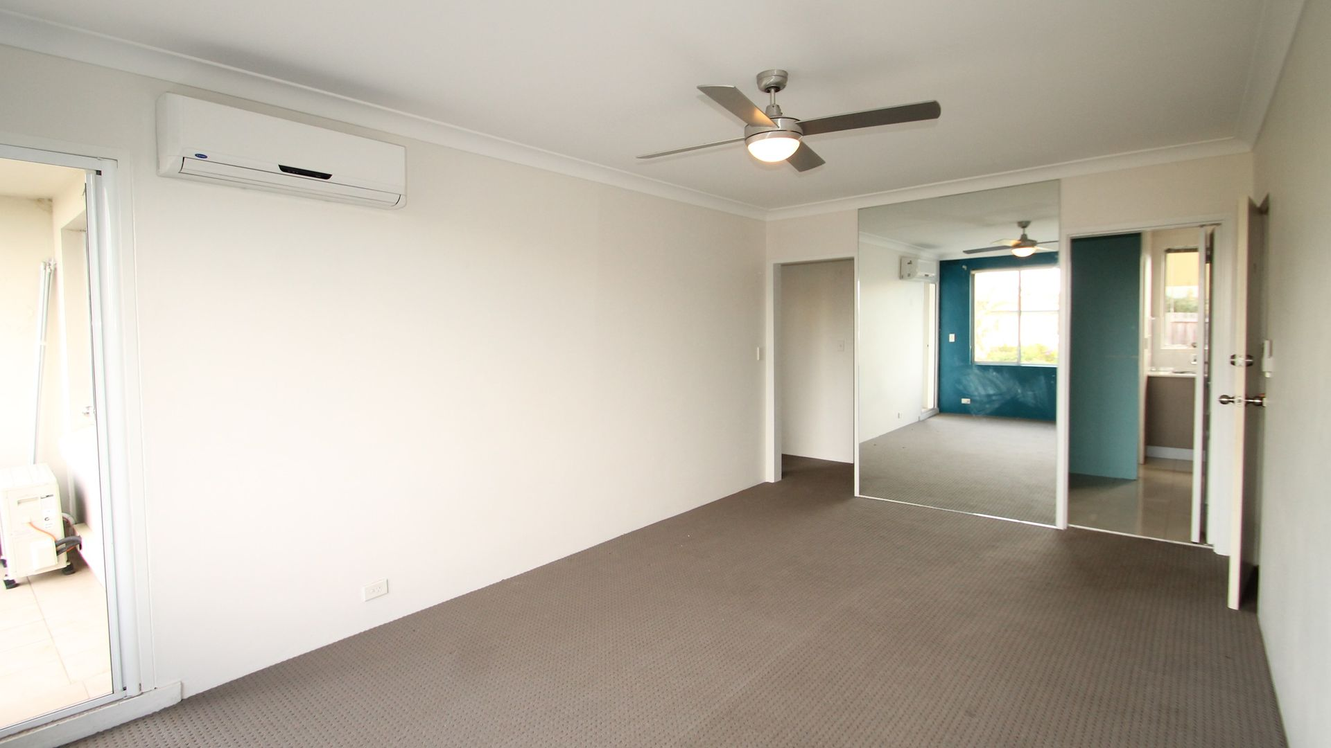 2/9 Cowell Street, Gladesville NSW 2111, Image 2