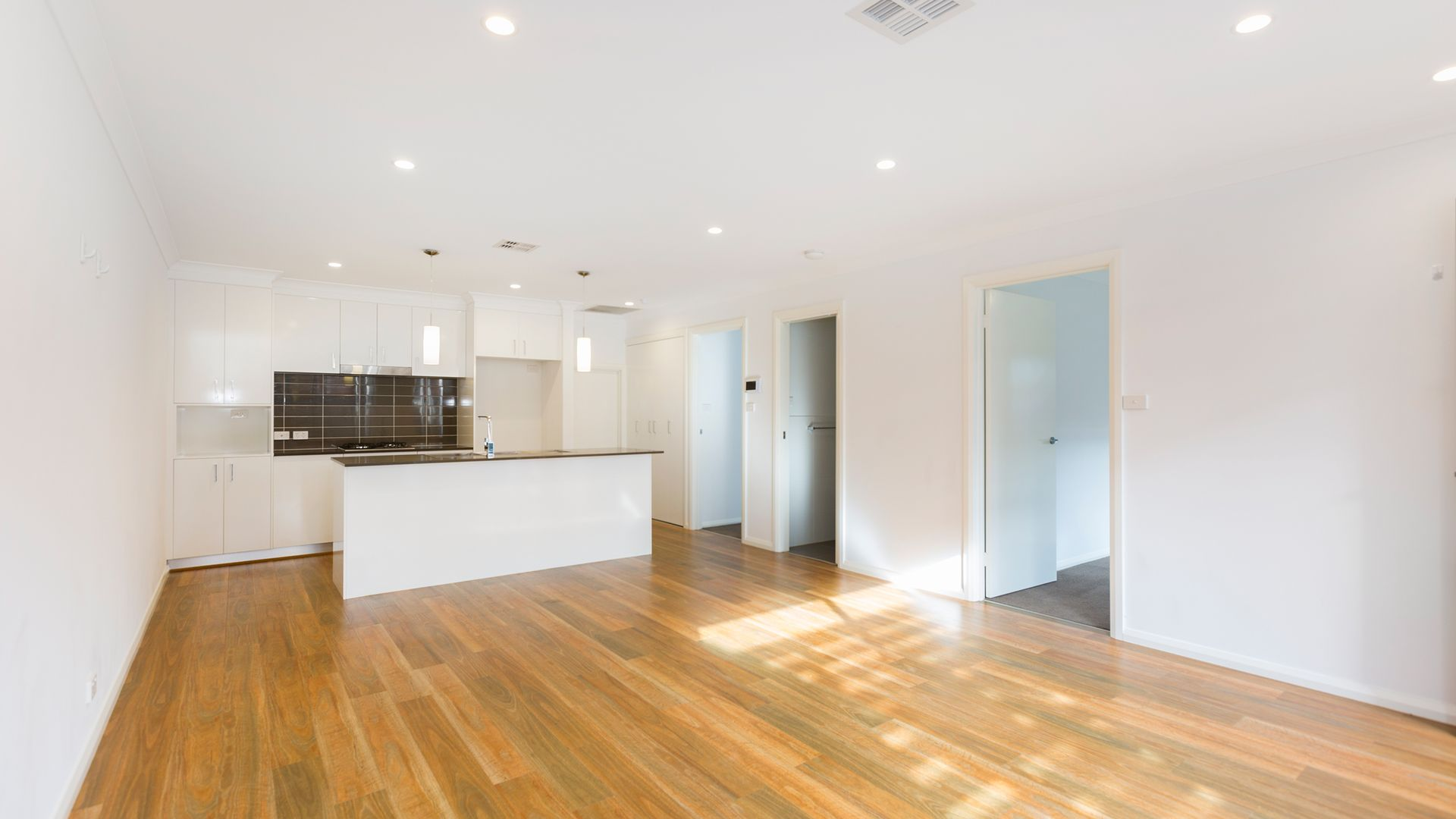 4/4 Skewes Street, Casey ACT 2913, Image 1