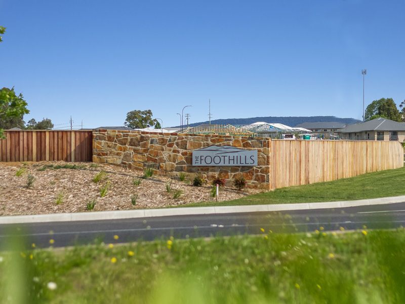 715 The Foothills Estate, Armidale NSW 2350, Image 0