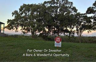 10 Foreshore Drive, Urangan QLD 4655