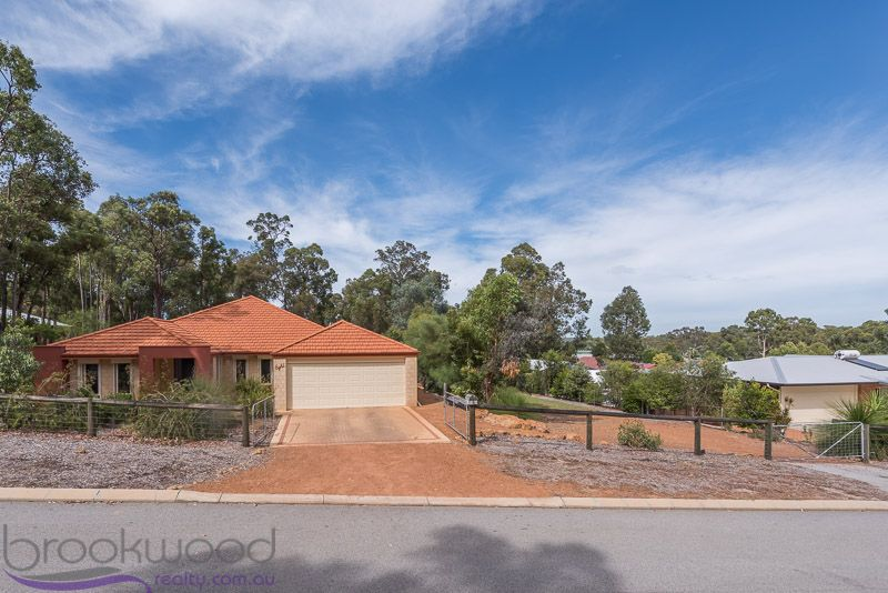 8 Connelly Place, Mount Helena WA 6082, Image 0