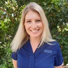 Sonia Lawrie, Sales representative