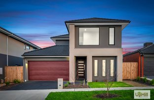 Picture of 8 OWLCAT AVENUE, Clyde North VIC 3978
