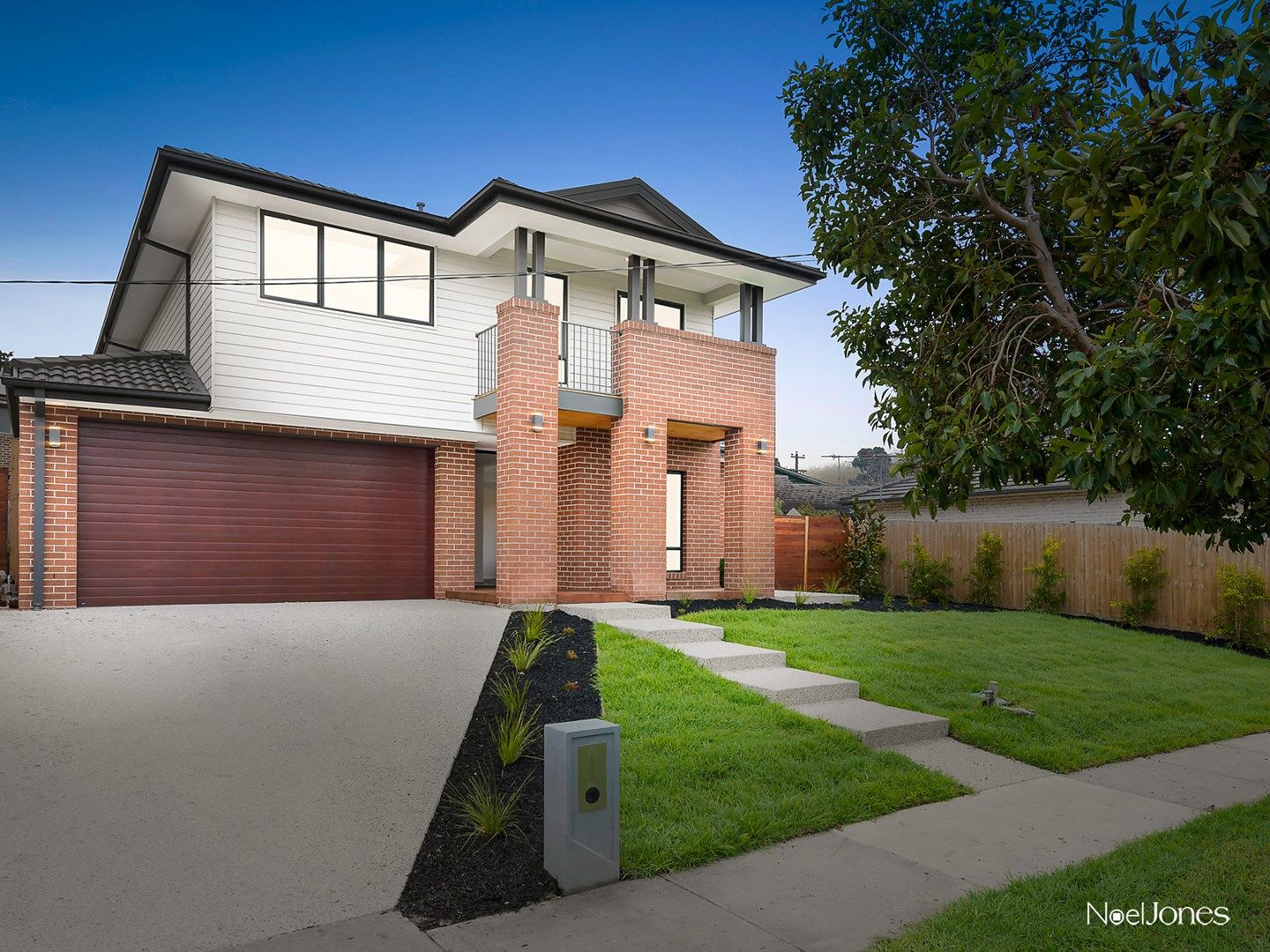 223 Brandon Park Drive, Wheelers Hill VIC 3150, Image 0