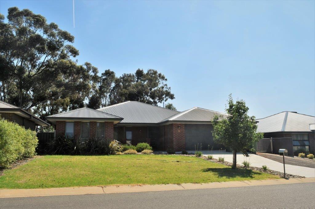 9 Ash Avenue, Corowa NSW 2646, Image 0