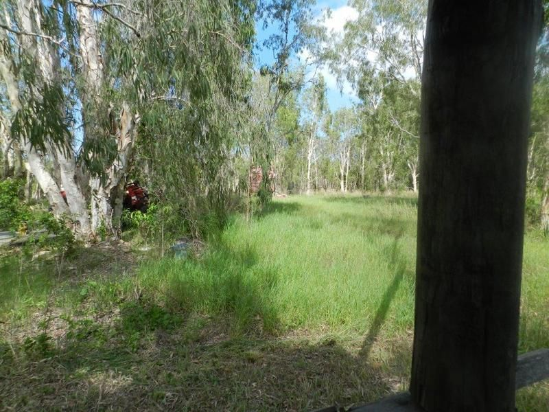 517 West Point Road, West Point QLD 4819, Image 2