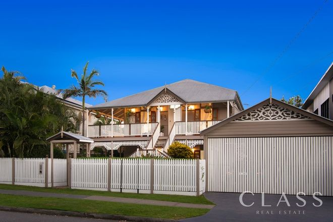Picture of 102 Barton Road, HAWTHORNE QLD 4171