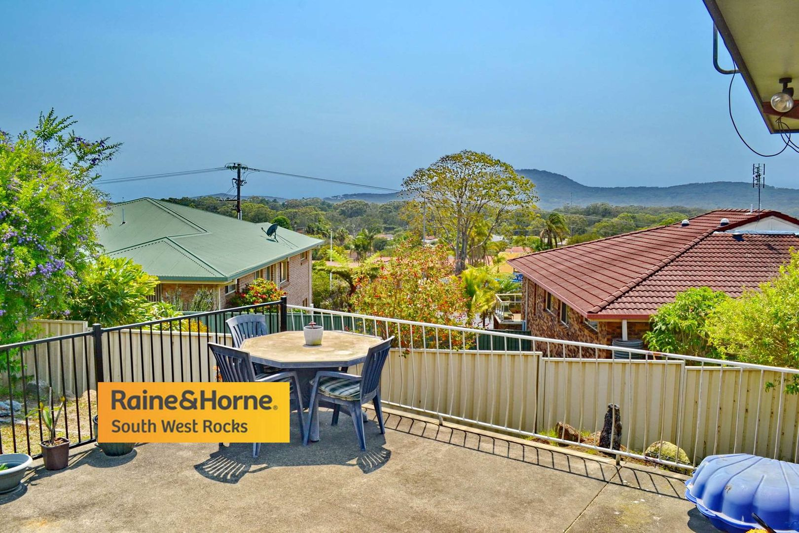 8 Lionel Hogan Close, South West Rocks NSW 2431, Image 1
