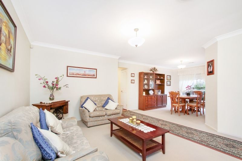 33 Stanford Circuit, Rouse Hill NSW 2155, Image 2