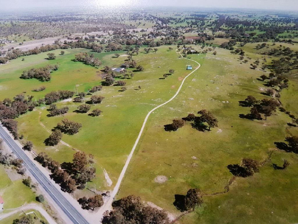 "3133 Olympic Highway ""The Grange"", Cootamundra NSW 2590, Image 2"