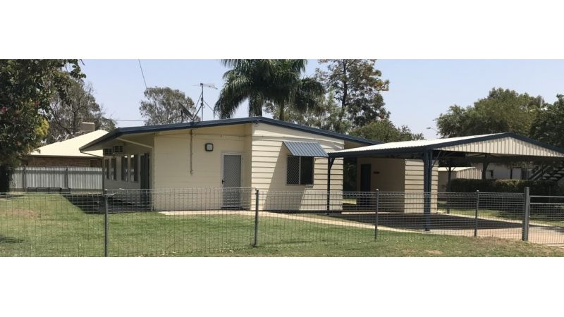 4 Saffola Place, Emerald QLD 4720, Image 0