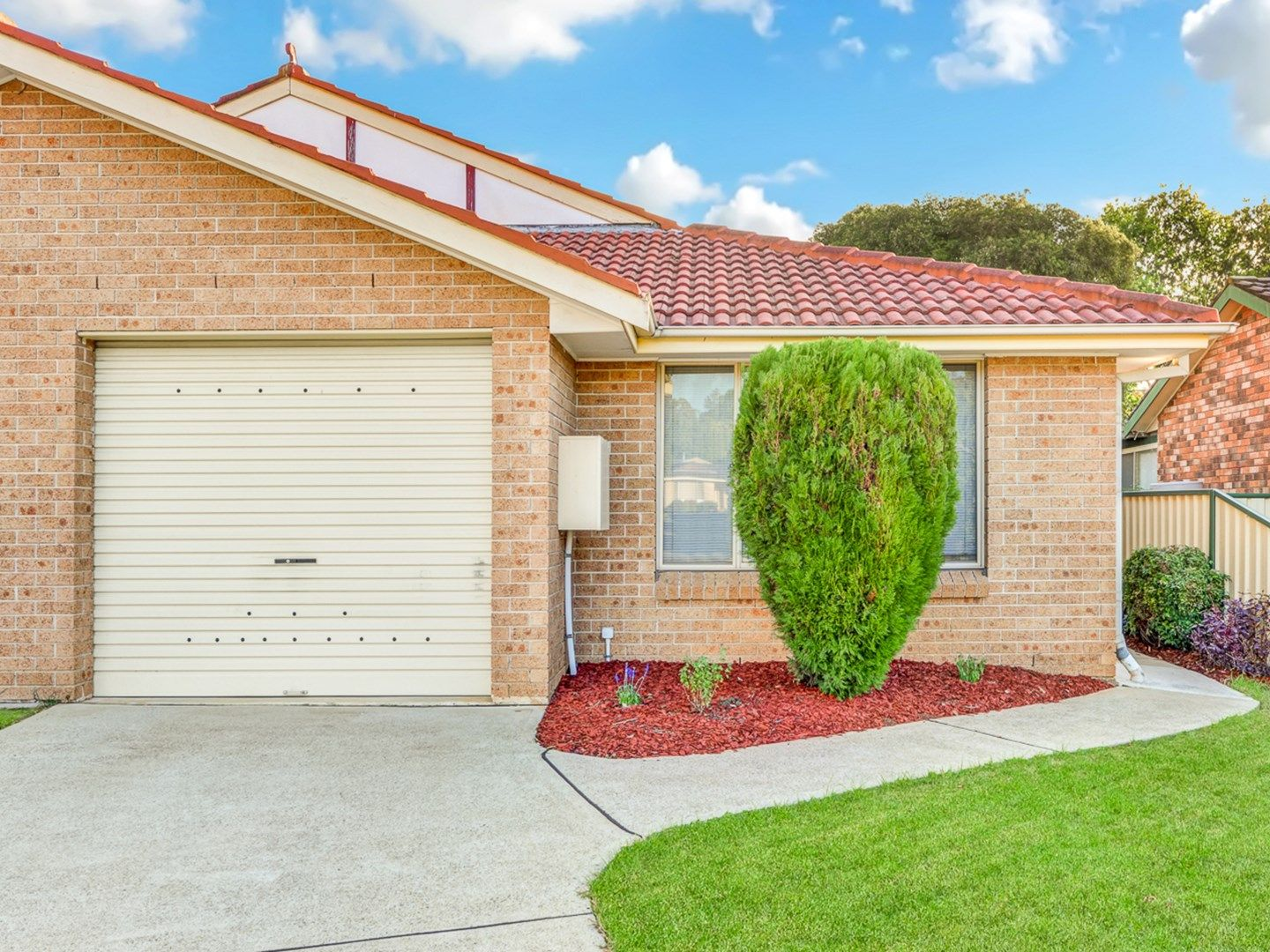 2/84 Spitfire Dr, Raby NSW 2566, Image 0