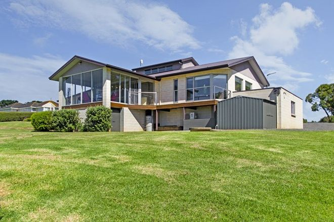 Picture of 31 Ocean View Avenue, BOLWARRA VIC 3305