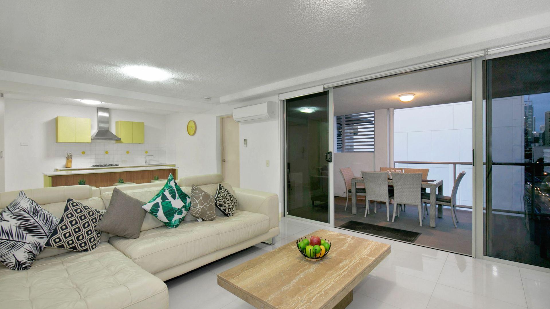 504/8 Cordelia Street, South Brisbane QLD 4101, Image 2