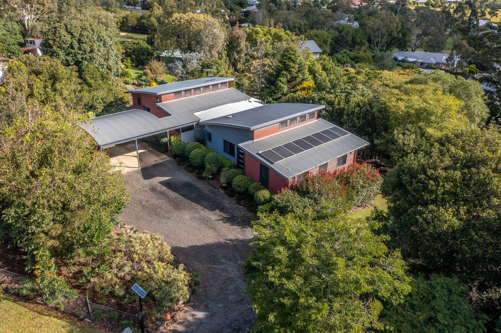 15 Palmer Drive, Highfields QLD 4352, Image 0