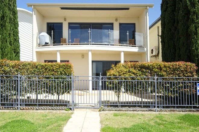 Picture of 71 Barrage Road, GOOLWA SOUTH SA 5214