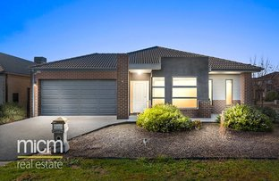 Picture of 2 Sumac Close, Point Cook VIC 3030