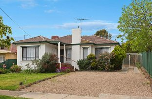 Picture of 4 Hinkler Avenue, Macleod VIC 3085