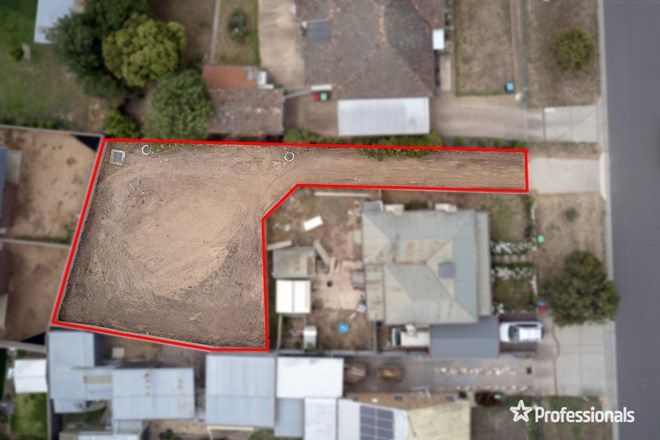 Picture of 14a Bolt Street, LONG GULLY VIC 3550