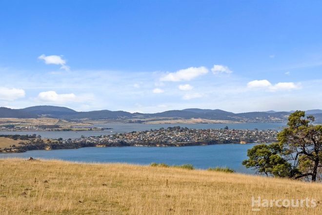 Picture of 698 Shark Point Road, PENNA TAS 7171