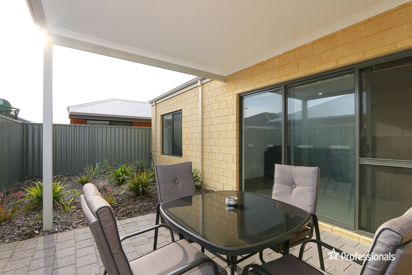 2/2 Whitmore Loop, Harrisdale WA 6112, Image 2