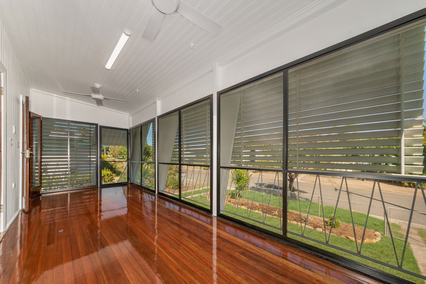 9 Esk Street, Rowes Bay QLD 4810, Image 1