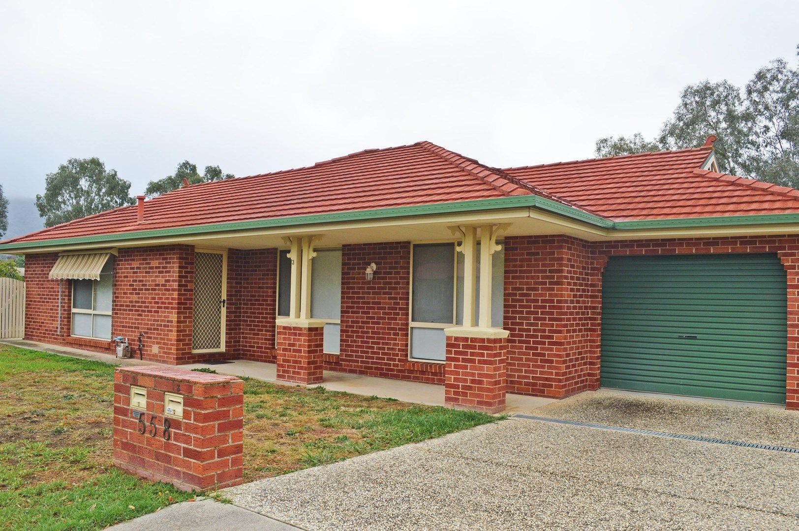 3/558 Webb Street, Lavington NSW 2641, Image 0
