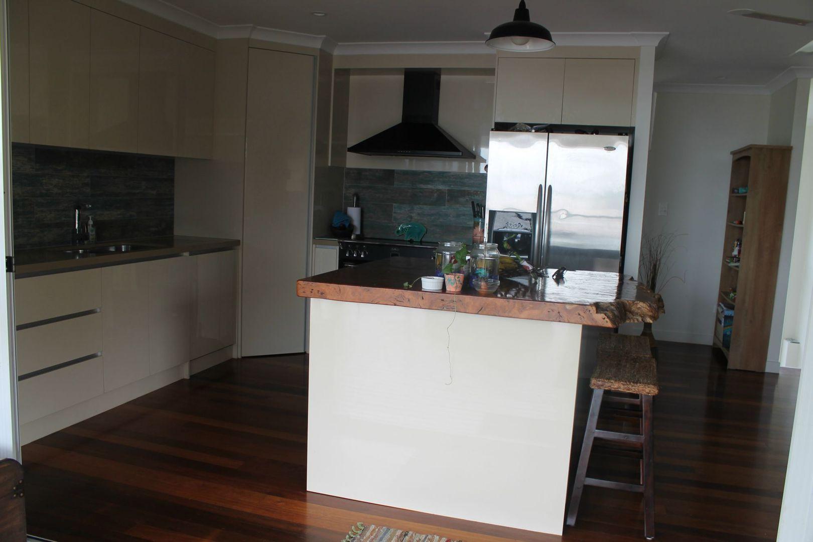 4 Trochus Street, Tannum Sands QLD 4680, Image 2